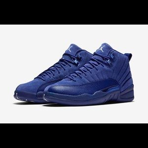 Nike Jordan's 12 Men's size 7   women's size 9